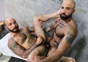 Wet Bears – Atlas Grant & Julian Torres
