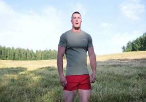 Naked Russian Stud – Daddy Bull