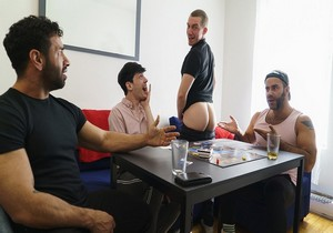 Stepfamily Game Night – Edward Terrant , Mateo Zagal , Teddy Torres and William Moore