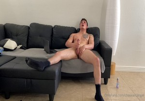 Chase Arcangel – Who can clean this up for me